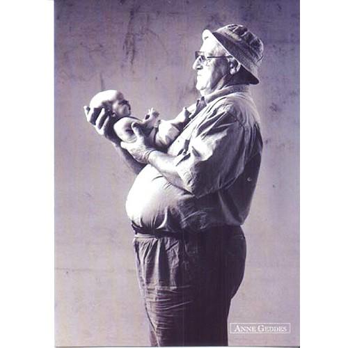 Pohlednice Anne Geddes děda a dítě