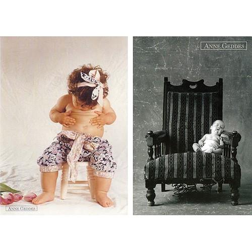 Pohlednice Anne Geddes cvalík na židli (16)  /  dítě v křesle