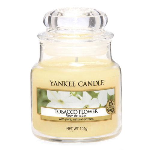 Svíčka ve skleněné dóze Yankee Candle Tabákový květ, 104 g