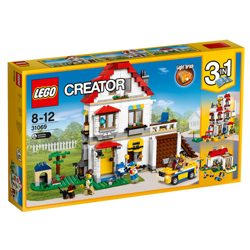 Stavebnice LEGO Creator Rodinná vila, 3v1, 728 dílků