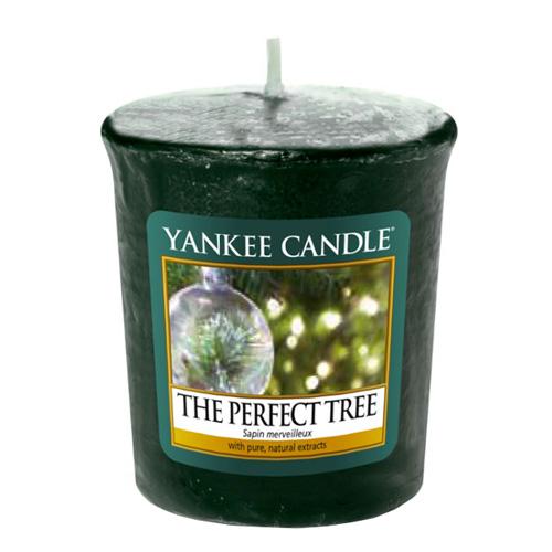 Svíčka Yankee Candle Dokonalý stromek, 49 g