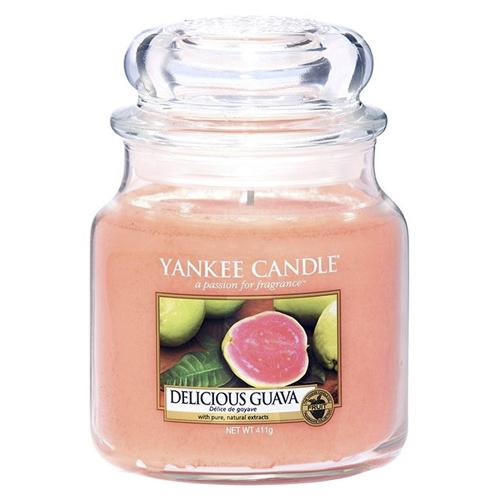 Svíčka ve skleněné dóze Yankee Candle Lahodná kvajáva, 410 g