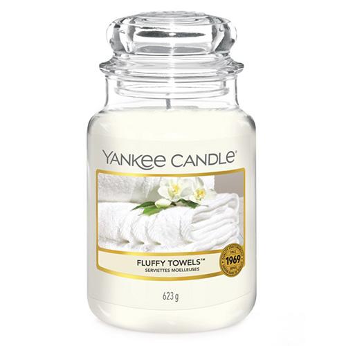 Svíčka ve skleněné dóze Yankee Candle Načechrané ručníky, 623 g