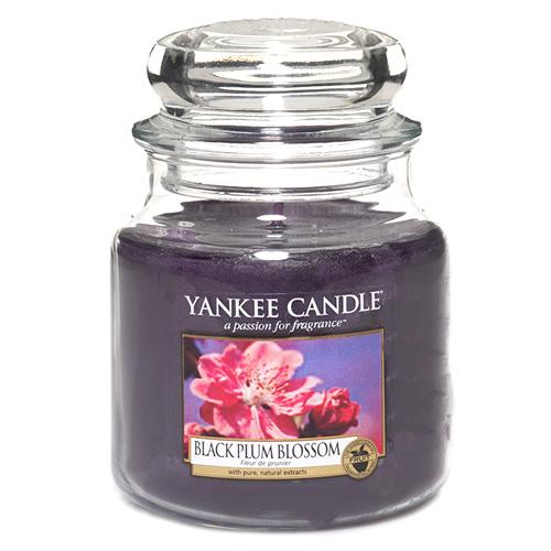 Svíčka ve skleněné dóze Yankee Candle Květ černé švestky, 410 g