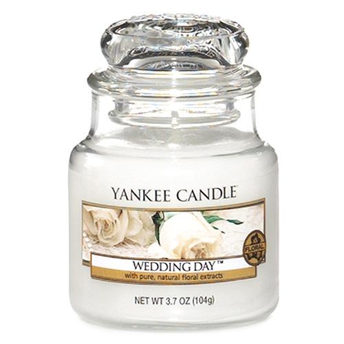 Svíčka ve skleněné dóze Yankee Candle Svatební den, 104 g