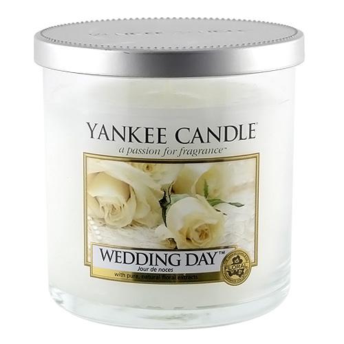 Svíčka ve skleněném válci Yankee Candle Svatební den, 198 g
