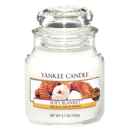 Svíčka ve skleněné dóze Yankee Candle Jemná přikrývka, 104 g