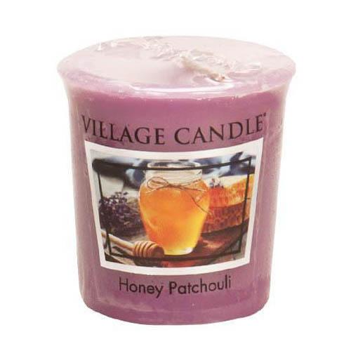 Vonná svíčka Village Candle Med a pačuli, 57 g