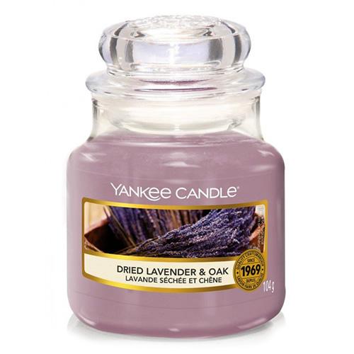 Svíčka ve skleněné dóze Yankee Candle Sušená levandule a dub, 104 g