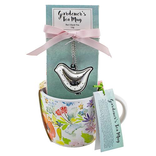 Dárkové sety Dárková sada Černý čaj 12 g, keramický hrnek s květinami 320 ml, sítko