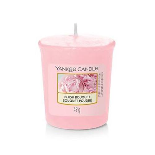 Svíčka Yankee Candle Růžolící kytice, 49 g