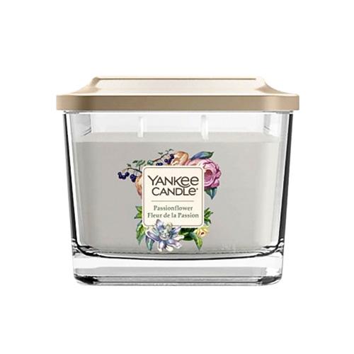 Svíčka ve skleněné váze Yankee Candle Květ vášně, 347 g