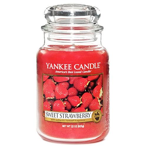 Svíčka ve skleněné dóze Yankee Candle Sladké jahody, 623 g