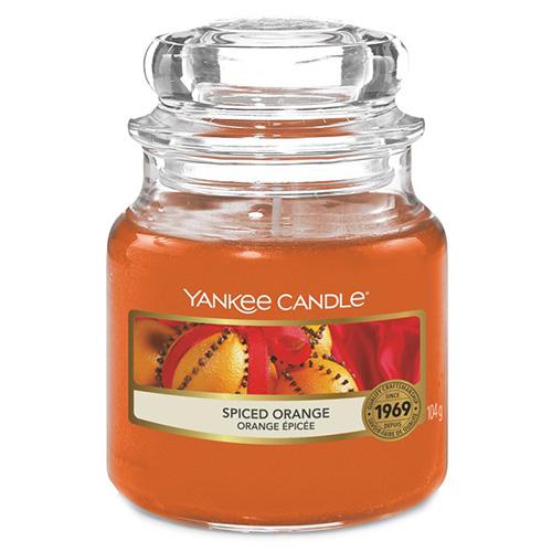 Svíčka ve skleněné dóze Yankee Candle Pomeranč se špetkou koření, 104 g