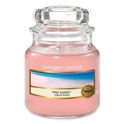 Svíčka ve skleněné dóze Yankee Candle Růžové písky, 104 g