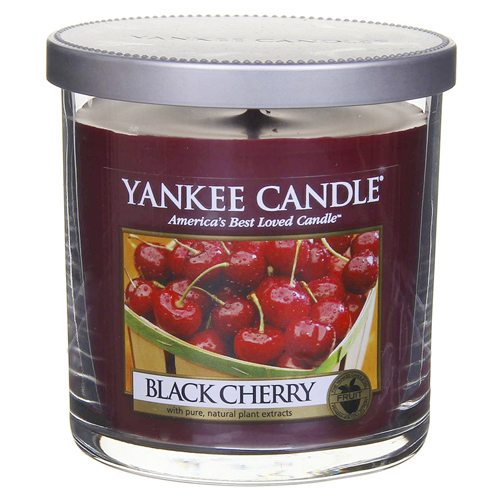 Svíčka ve skleněném válci Yankee Candle Zralé třešně, 198 g